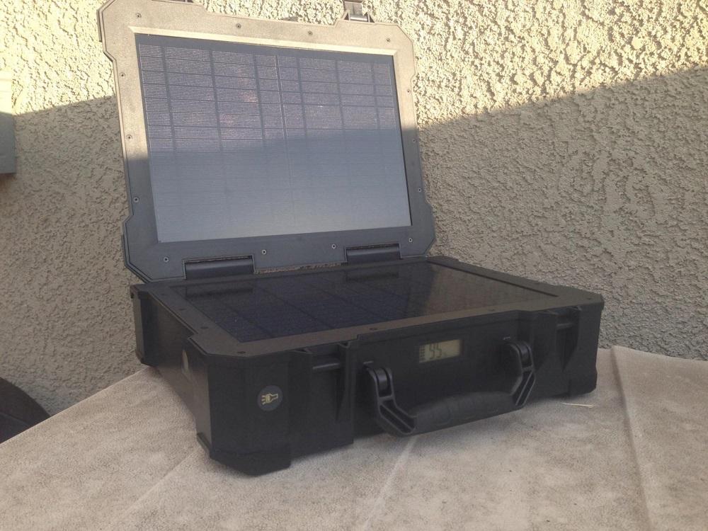 ... : Renogy Firefly – Best Lightweight Solar Generator for Outdoor Use