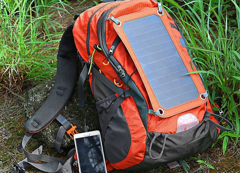 Eceen Solar-powered-camping-backpack
