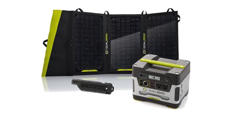 Goal Zero Yeti 400 Solar Generator Kit w Nomad 20 Solar Panel Kit