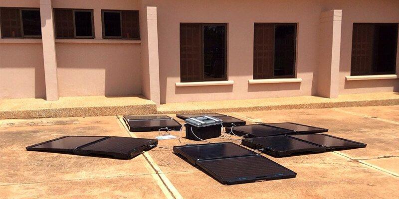Peppermint Maverik Solar Generator
