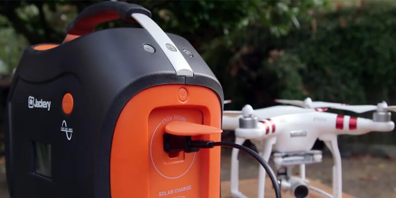 jackery-power-pro-portable-battery-charger
