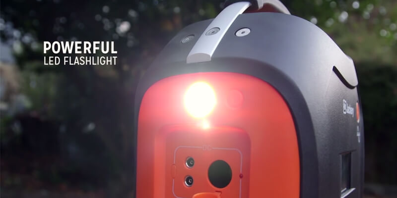 portable-solar-battery-charger-review