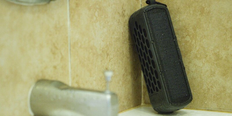 portable solar speaker solarbox
