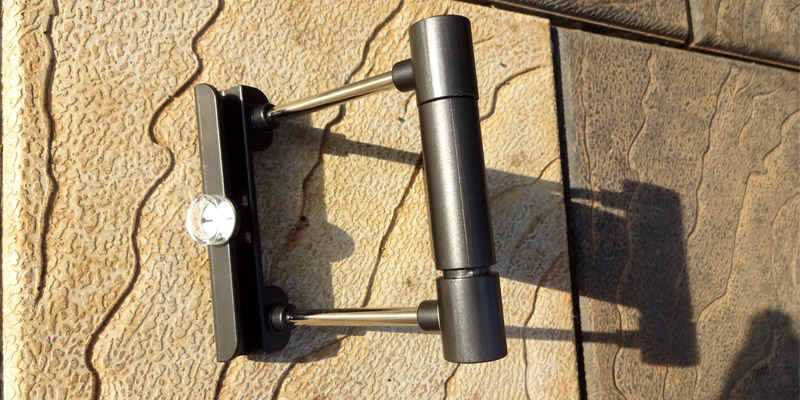 Suaoki Folding Solar Panel Charger Kickstand